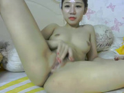 Cutie_asia18 lathering herself up in recorded private show 2015 August 09_10-48-34